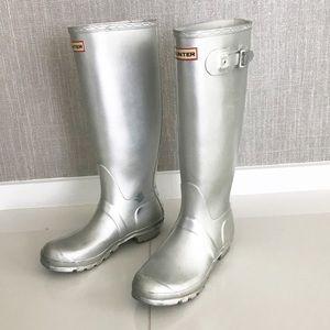 HUNTER Original Tall Metallic Silver Boots
